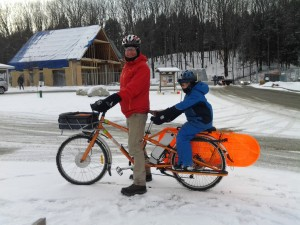 School pickup time! Dave's Yuba ElMundo longtail cargobike with studded tires in 15º weather. The daily trip includes 1 1/2 mile climb.