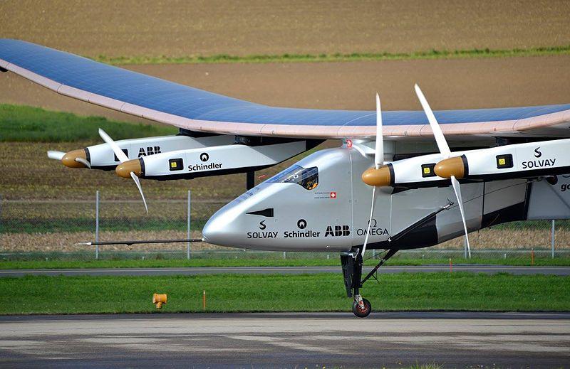Solar Impulse SI2 in 2014. Photo by Milko Vuille. Wikimedia Commons.