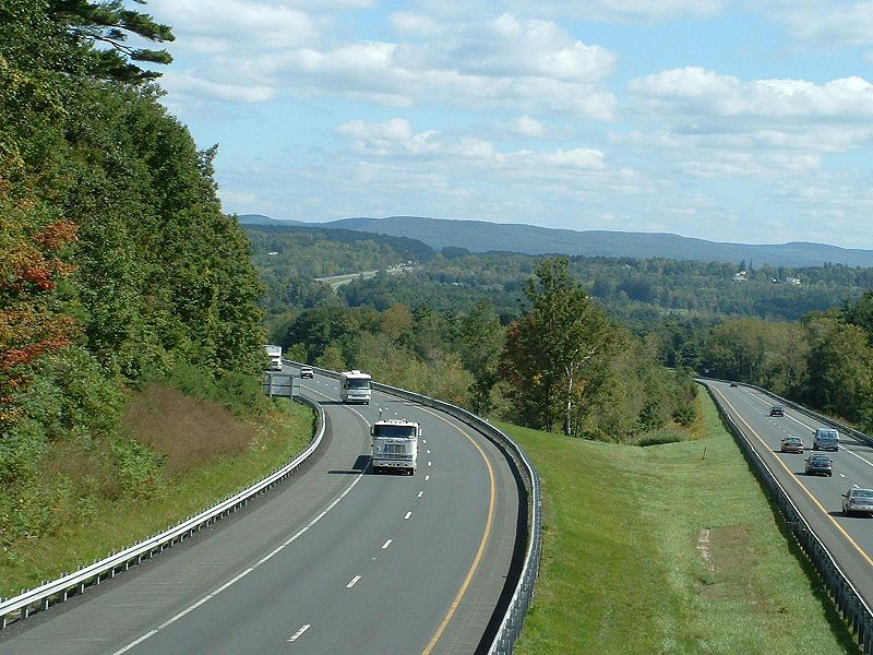 A view of the Mass Pike, Stockbridge, Massachusetts. Photo by ToddC4176. Wikimedia Commons.