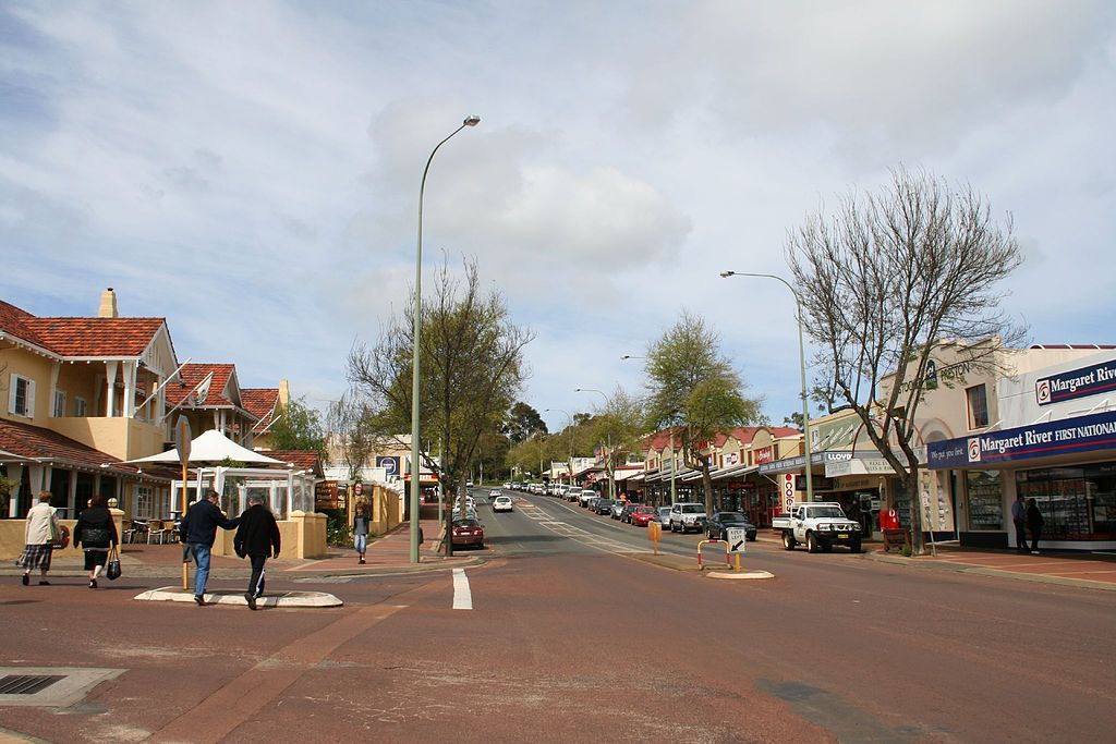 Margaret River, Western Australia, is one of the communities that may go off-grid. Photo by Rob & Jules. CC BY 2.0.