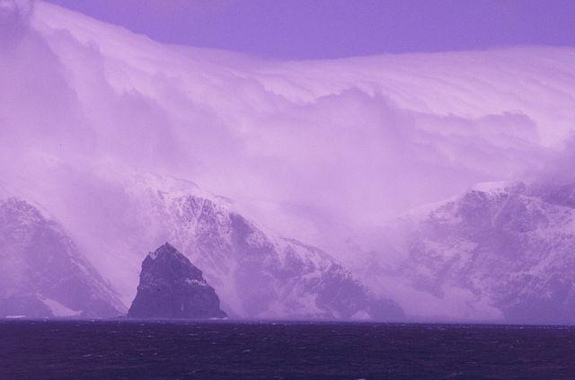 Elephant Island, off Antarctica, shows climate change effects. Photographer: Lieutenant Philip Hall, NOAA Corps. Public Domain. CC BY SA 2.0.