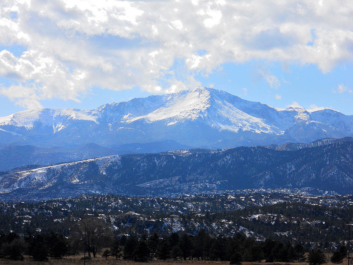One attraction in El Paso County is Pike's Peak. Photo by Aravis. Released into the public domain. Wikimedia Commons.